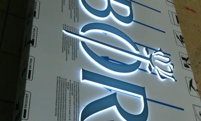 52.reklama-swietlna-z-dibondu.JPG
